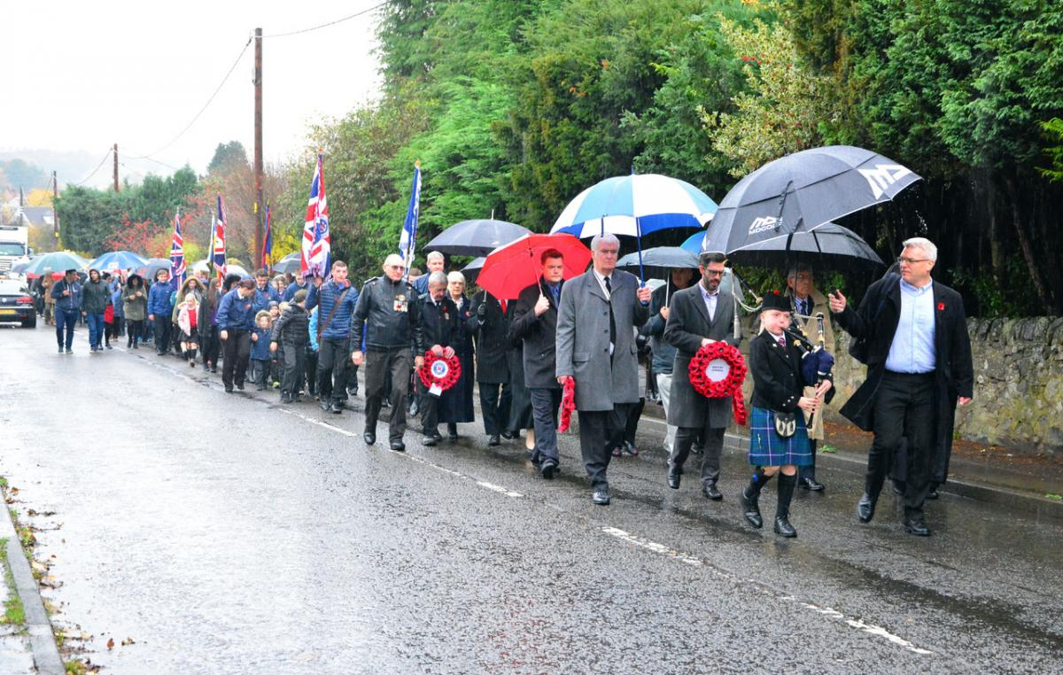 Tillicoultry pays respect